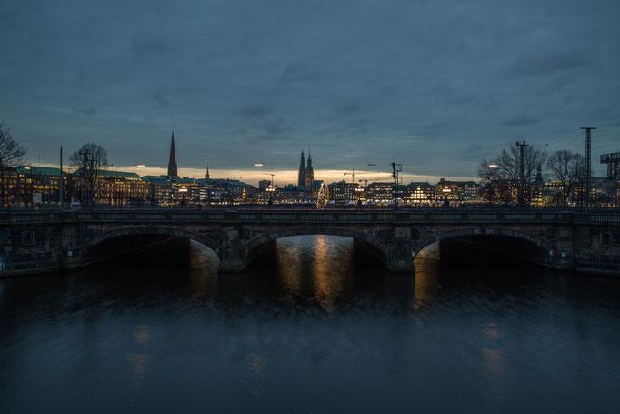 Lombardsbrücke 1
