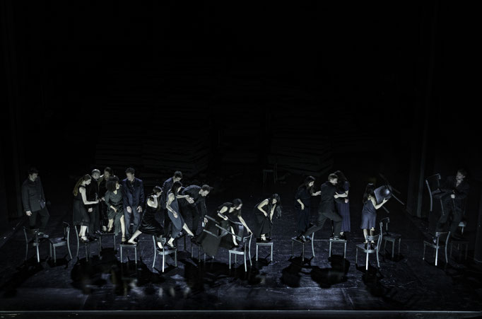 New piece I Since she – A piece by Dimitris Papaioannou for Tanztheater Wuppertal Pina Bausch Photograph by Julian Mommert