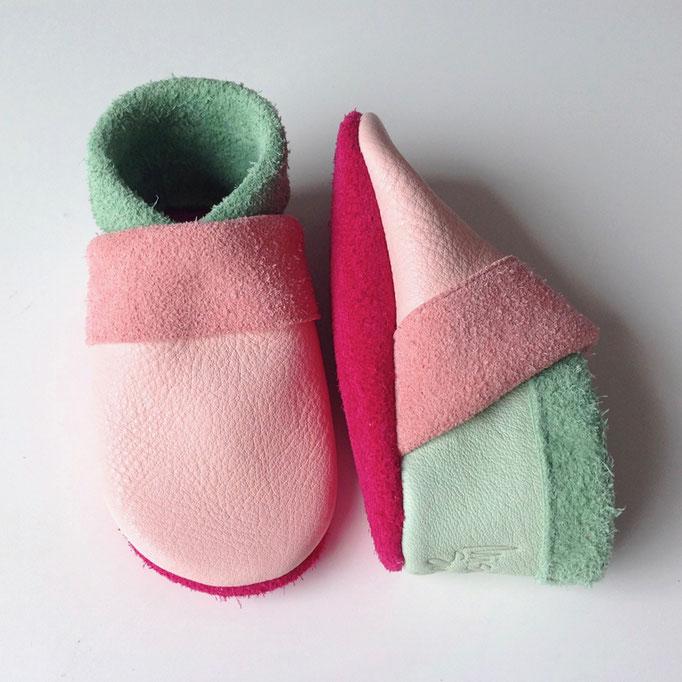 Krabbelschuhe Basic in rosa, mint & pink