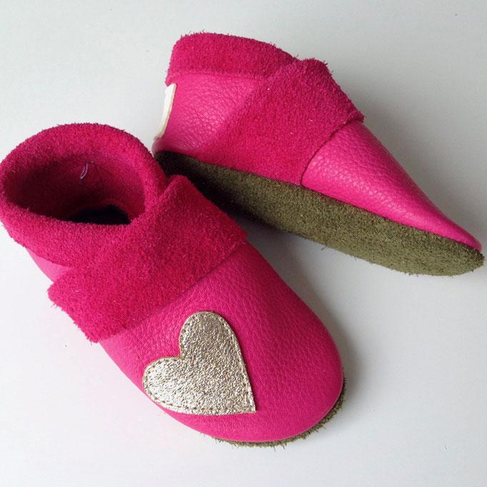 Krabbelschuhe Herz in pink & khaki