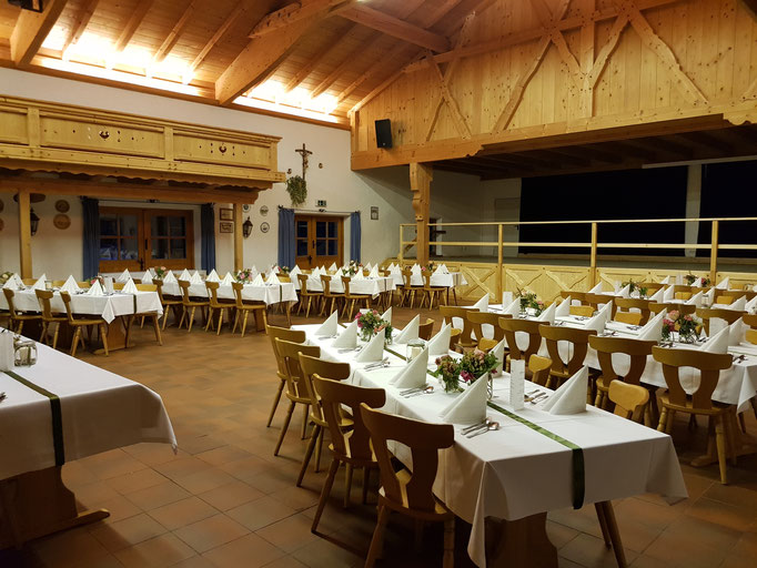 Heiraten in Bayern im Trachtenheim Irschenberg