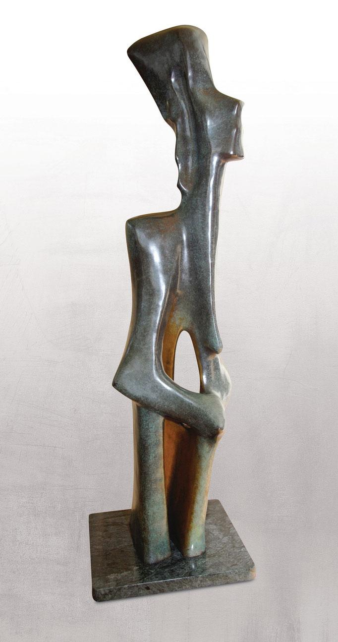 PERSÉPHONE, Bronze - 10,5 X 38,5 po. (25 X 97 cm)  8 de 8  I de IV