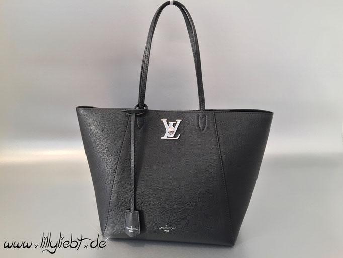 Louis Vuitton LockMe Cabas in Noir