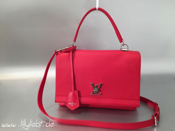 Louis Vuitton LockMe II in Rubinrot
