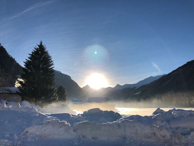Sonnenschein am Morgen vertreibt Kummer und Sorgen