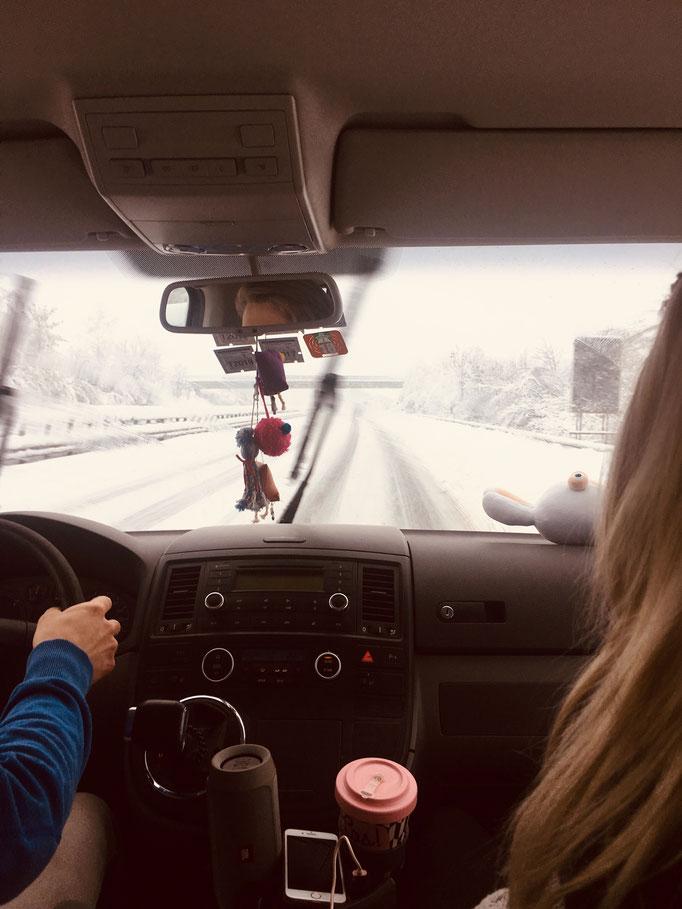 Flo fährt uns in Montafon