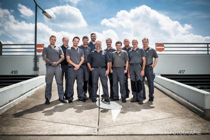 Businessfotografie: Teamfoto und Mitarbeiterportraits für die Webseite eines Mobilitätsunternehmens