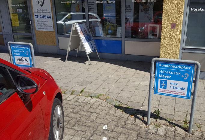 Parkplatzschilder in Neumarkt