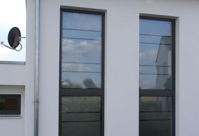 moderne Sichtschutzfolie aus Glasdekor für Treppenhaus