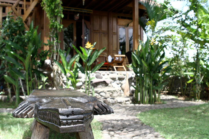 Garten des Bungalows