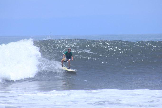 Surf medewi bali