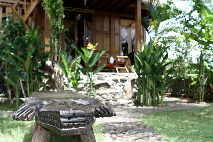 bungalow accommodation in bali