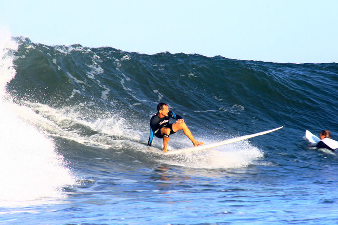 Surf medewi beach Mr. Longboard John