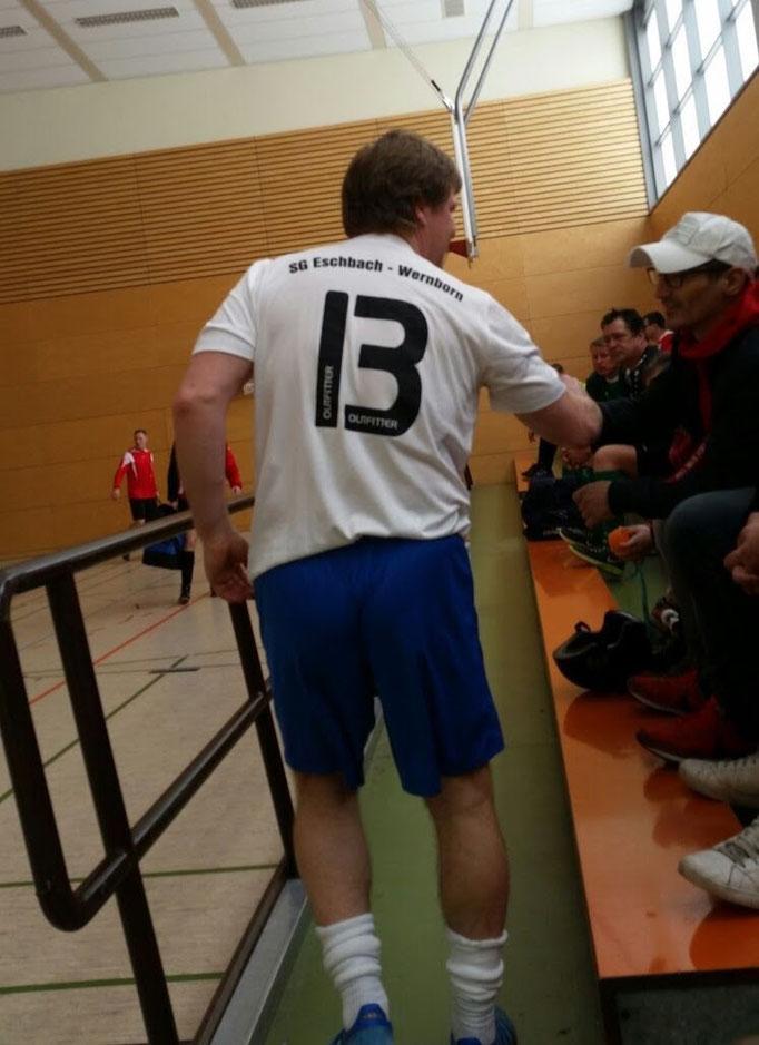 Schoss heute mehr Tore für Wernborn als Wehrheim insgesamt:   der Fußballwandervogel des Hochtaunuskreises Mike Schmitz