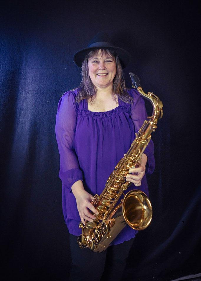 Saxophon : Daniela Schwarz