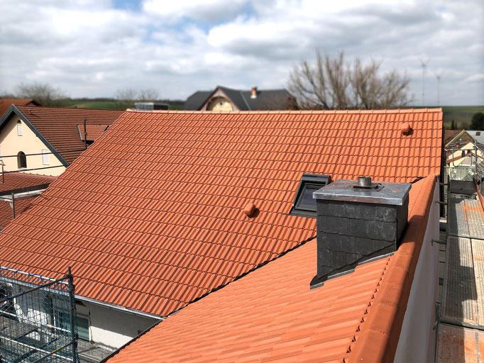 Eindeckung mit Dachziegel Tradi 15 naturrot