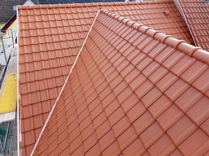 Dachziegel Alegra 10 mit Kupferblechen