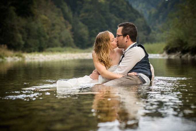 Afterwedding im Wasser