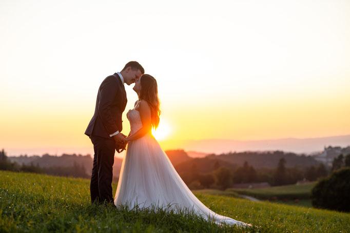 Afterwedding während dem Sonnenuntergang