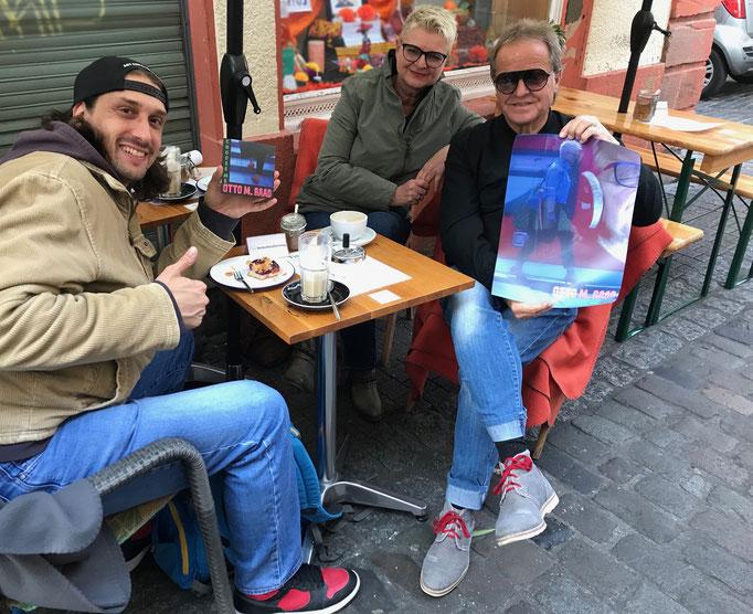 """Patrick mit Otto M. Raad & Sady mit der neuen CD-Single & Plakat von """"Choose me"""" 2021 (Heidelberg)"""
