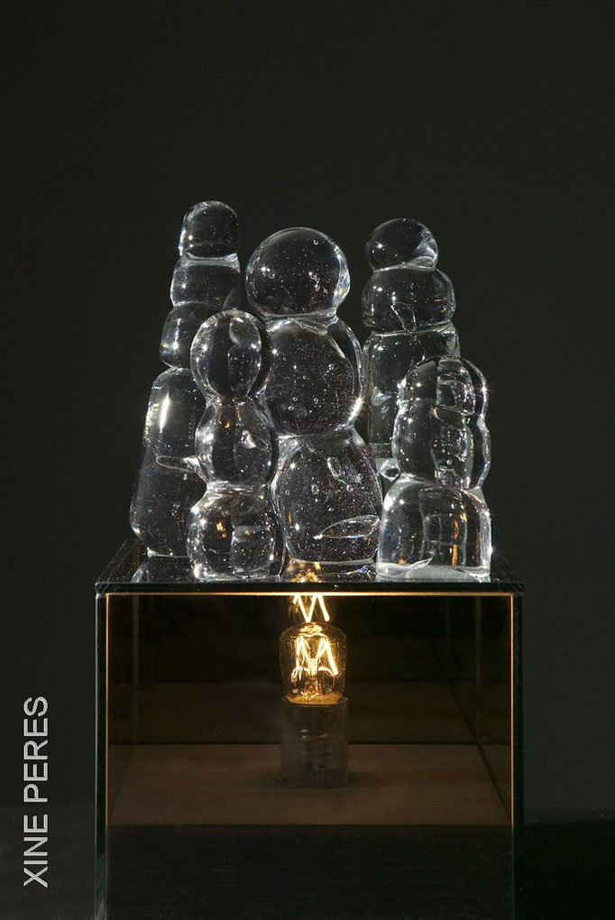 Rencontre 1 (Petit conciliabule hérétique)-verre, miroir, lanterne