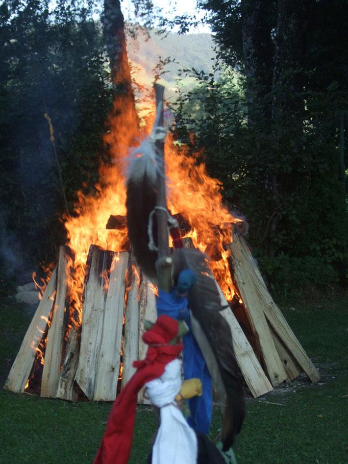Zeremonie-Feuer
