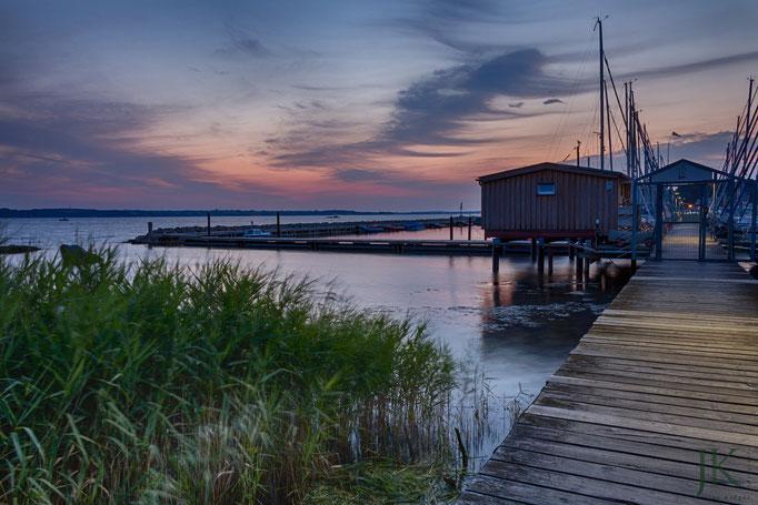 Ein neuer Tag beginnt! - Sonnenaufgang am Yachthafen Quellentag bei Glücksburg