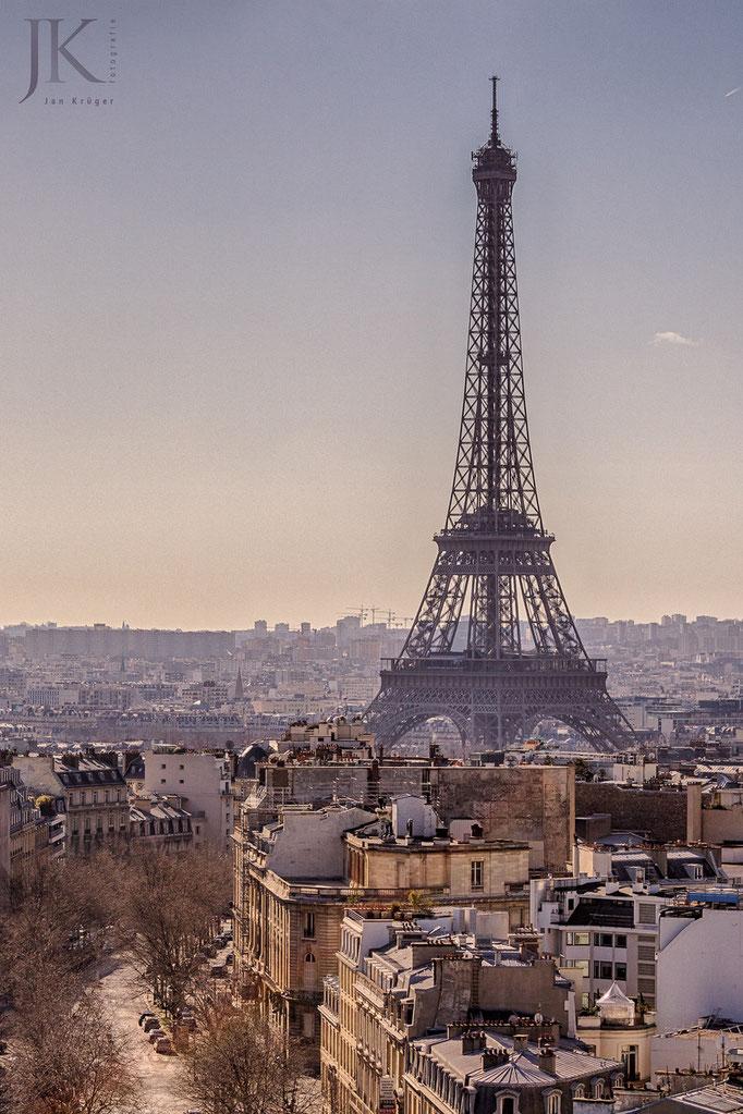 Paris, Tour Eiffel vom Arc de Triomphe gesehen
