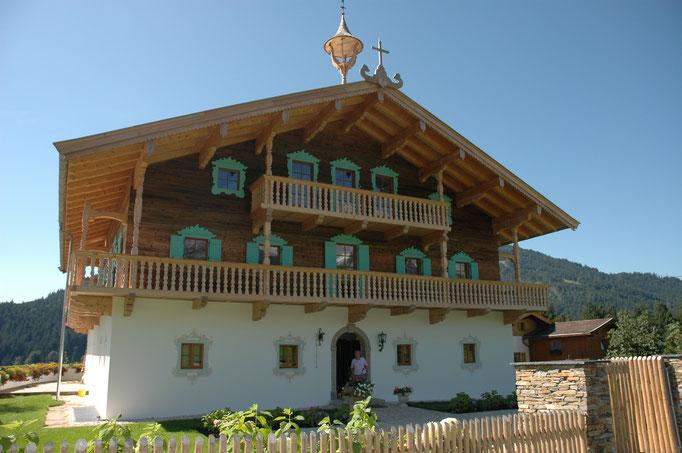 Kastenfenster, Kranz | Tirol Landhaus