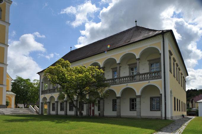 Kastenfenster, Kranz | Pfarrhof Ansfelden