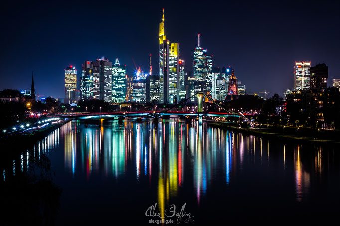 """Heartbeat City"" - Frankfurt am Main, Germany"