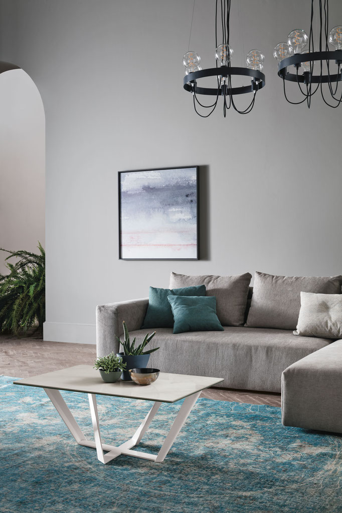 Tavolino da salotto (articolo Pegasus) - Struttura in metallo verniciato, piano in gres porcellanato antigraffio oppure in vetro temperato - Misure cm.110x65 H.37