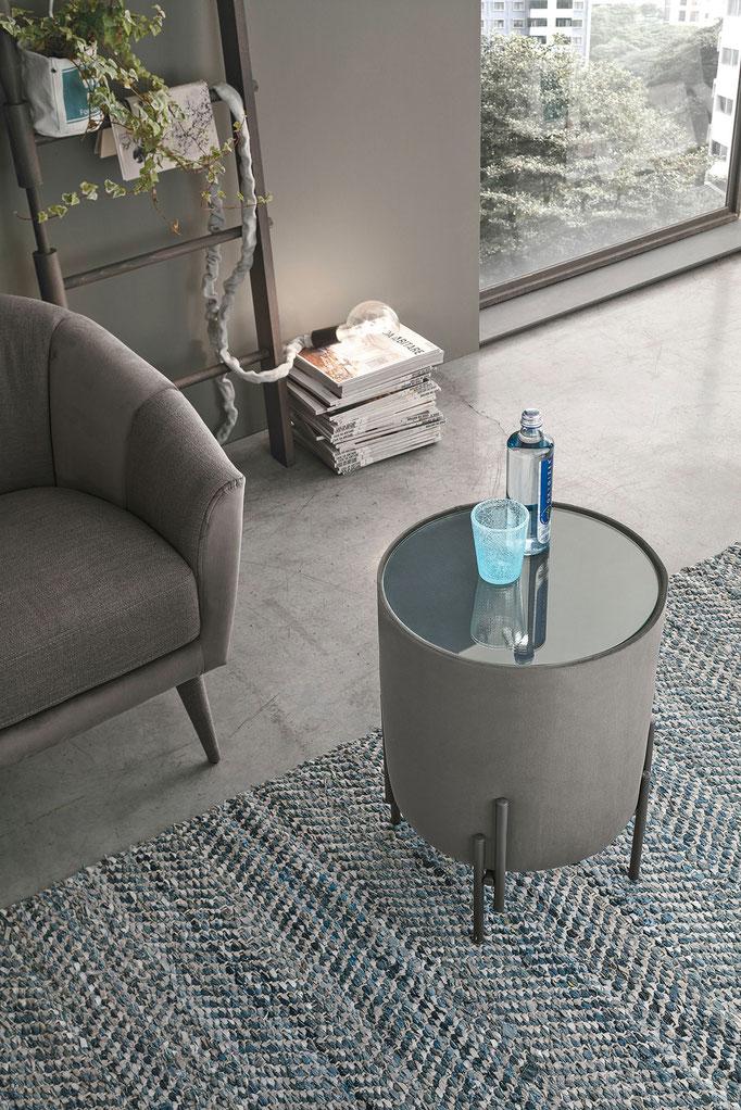 Pouf/Tavolino con piano in cristallo, rivestimento a scelta