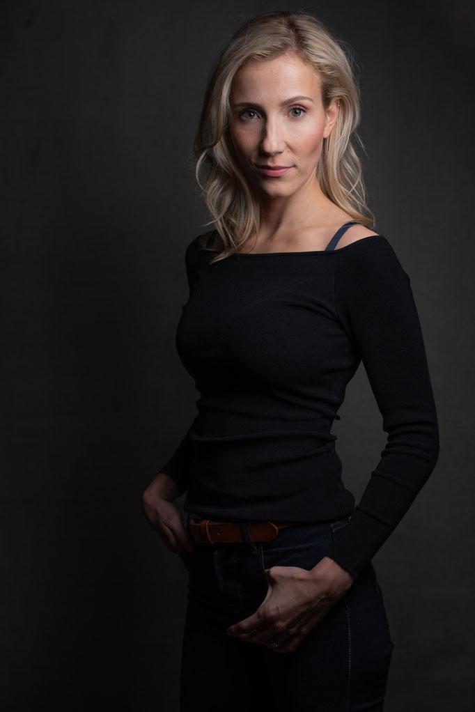 Actress: Sandra Redlaff