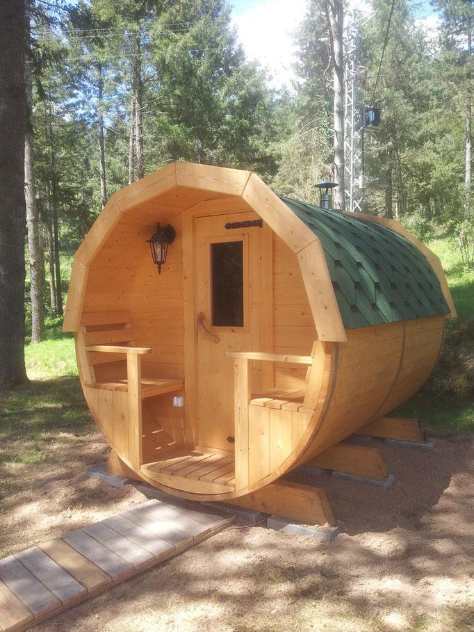 sauna sobre adoquines de hormigón
