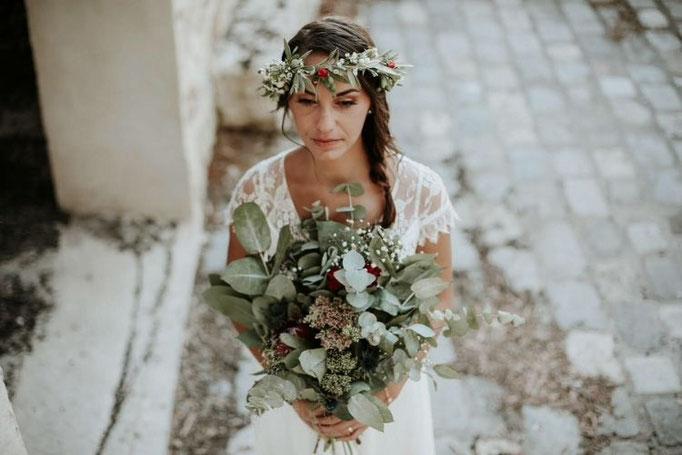 bouquet et couronne de mariée