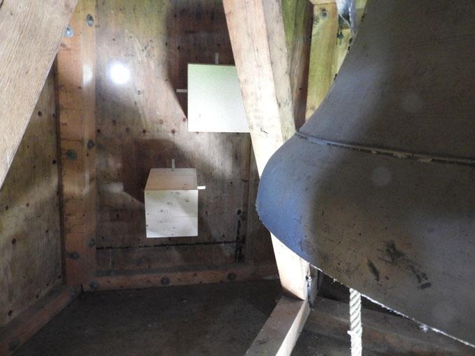 07: Vogelnester, Holz im Glockenturm von Jakob ...