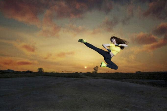 スーパー格闘美女「LYN(リン)」さん