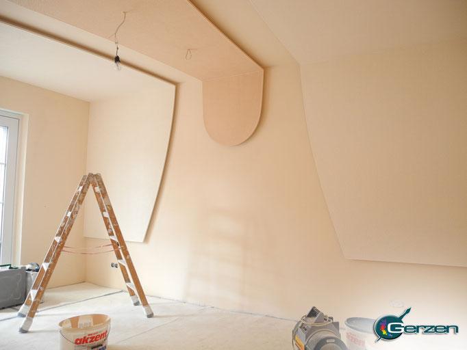 Fertigstellung der Decken-Wand-Konstruktion - GERZEN wand-design