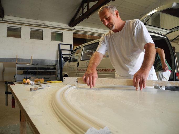 Stuckherstellung in der Werkstatt von GERZEN wand-design