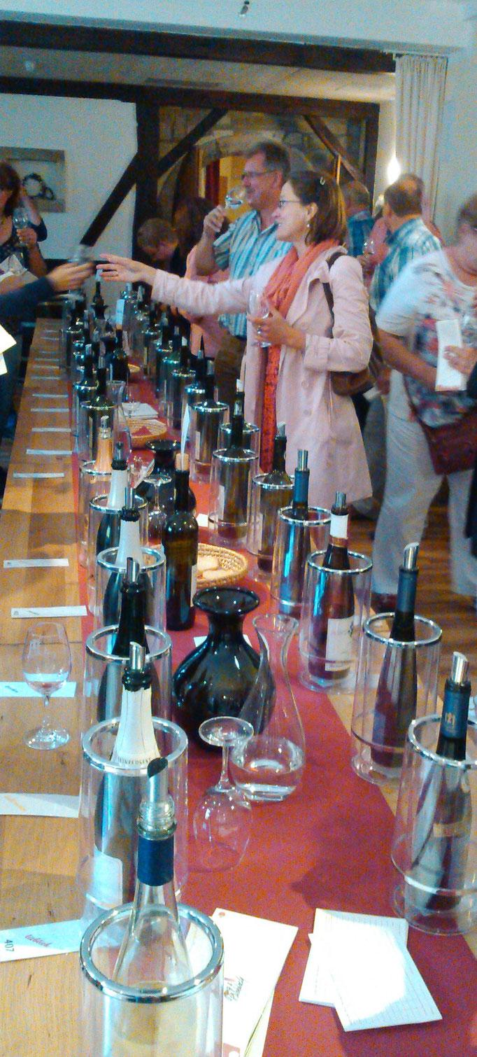 Weinprobe in Albig