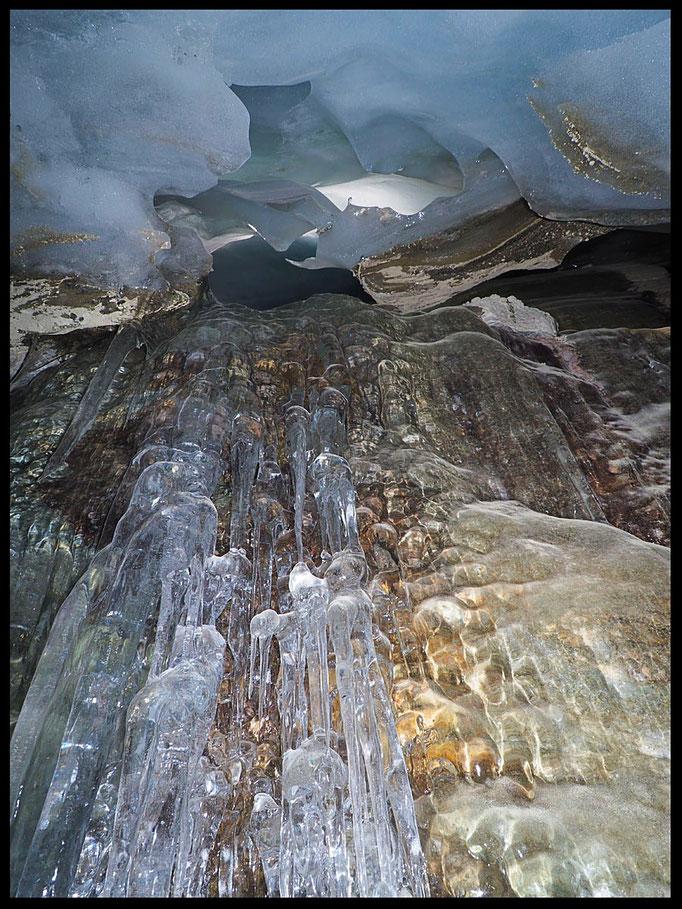 Grotta Glaciale Vadrecc di Sorda: colate di ghiaccio