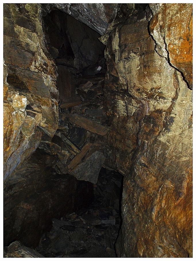 Grotta Val d'Ambra: gallerie sovrapposte