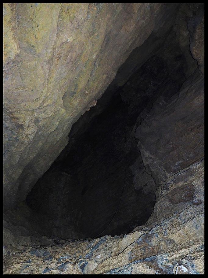 Tana di Piai: sul fondo della grotta