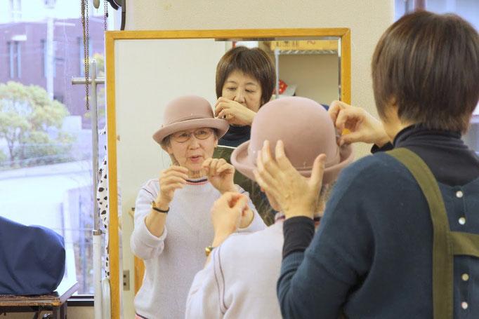 帽子専門教室サロン・ド・シャポー「授業風景(昼間部)」
