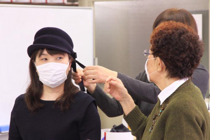 帽子専門教室サロン・ド・シャポー「作品批評会」
