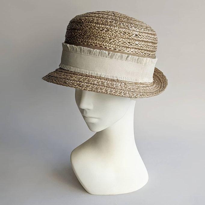 帽子専門教室サロン・ド・シャポー 生徒作品 (1年)  ブレードの帽子