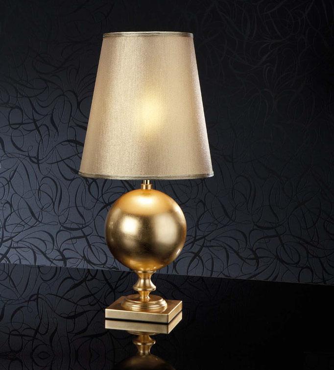 lampara de mesa dorada