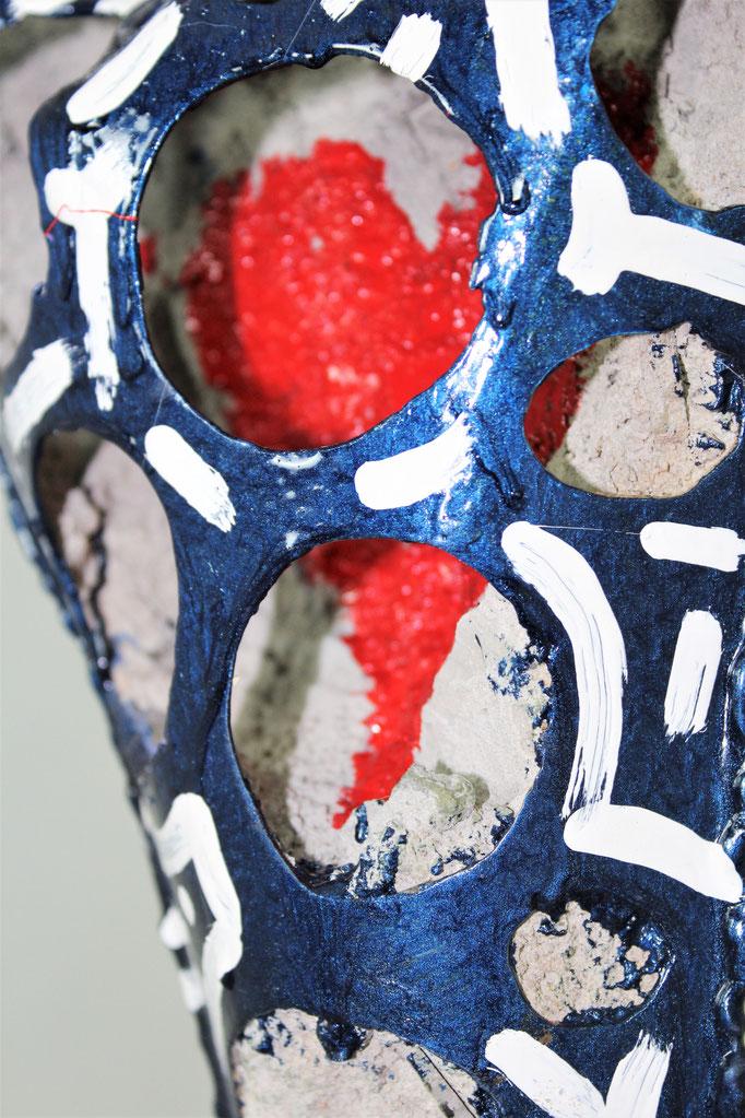 sculture, Santi Flores, steel, enamel, concrete