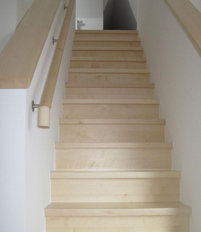 Treppe | Stufen und Handläufe